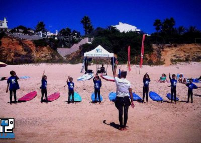 waterman school calentamiento surf escuela de surf playa de roche